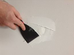 How to repair a small hole in plaster or gyprock wall